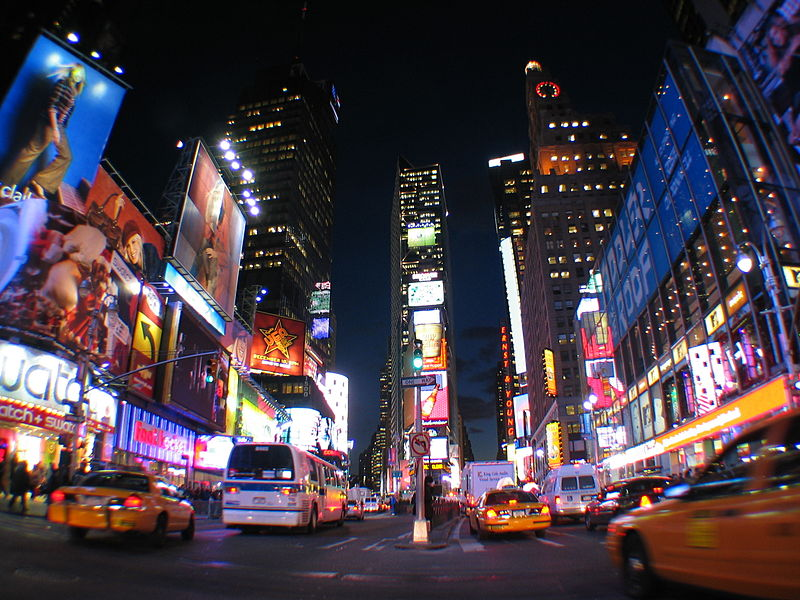 800px-NYC_Times_Square_wide_angle