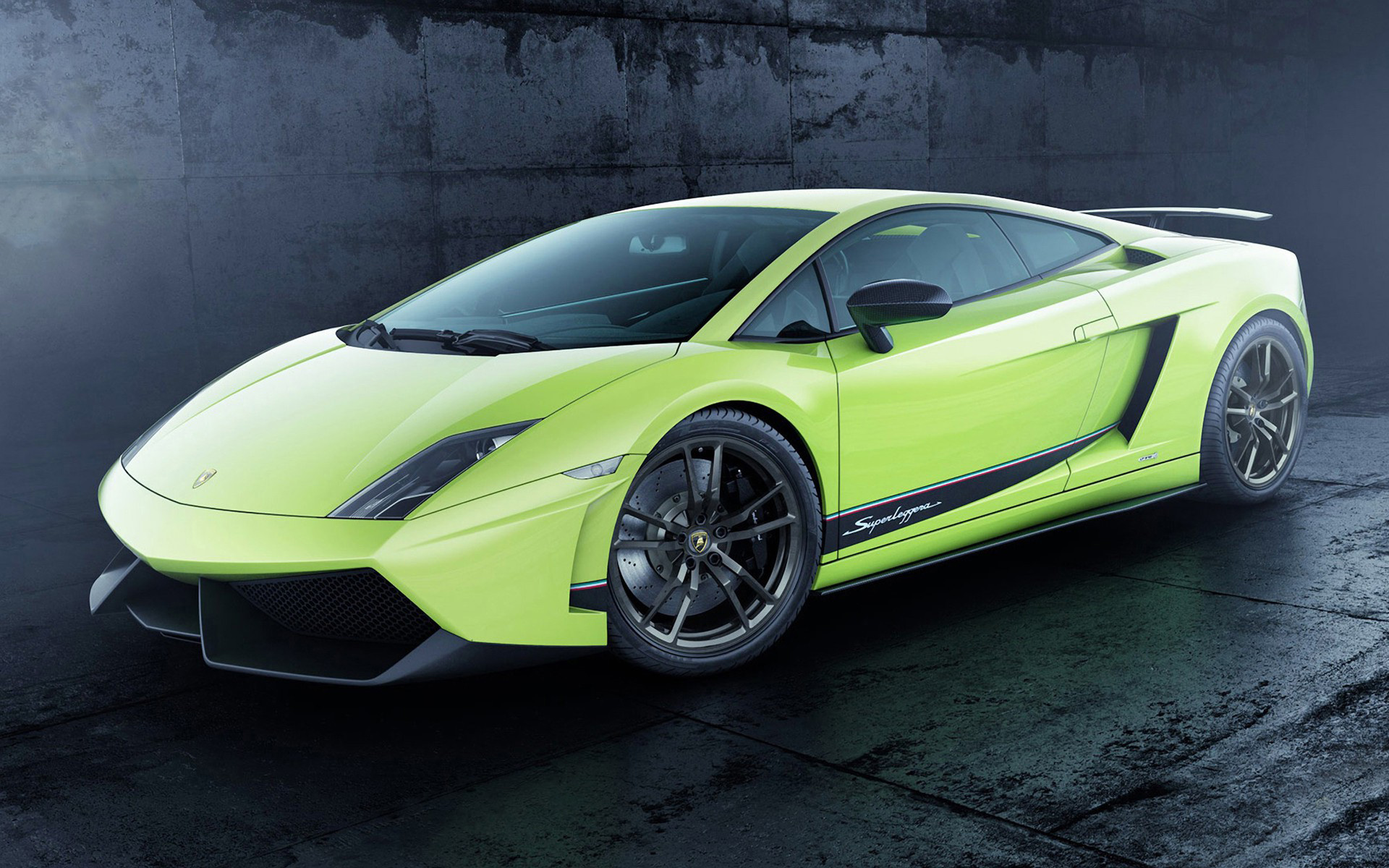2013_lamborghini_gallardo_lp_570_4_superleggera-wide (1)