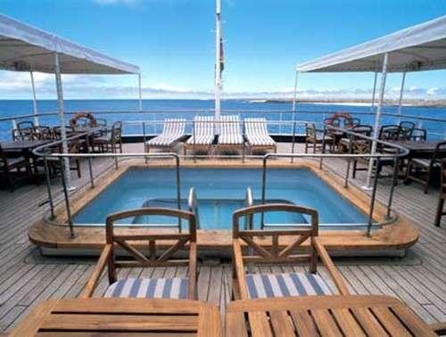 interni-dello-yacht-di-abramovich
