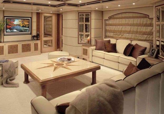 the inside-delleclipse-yachts-the-living room